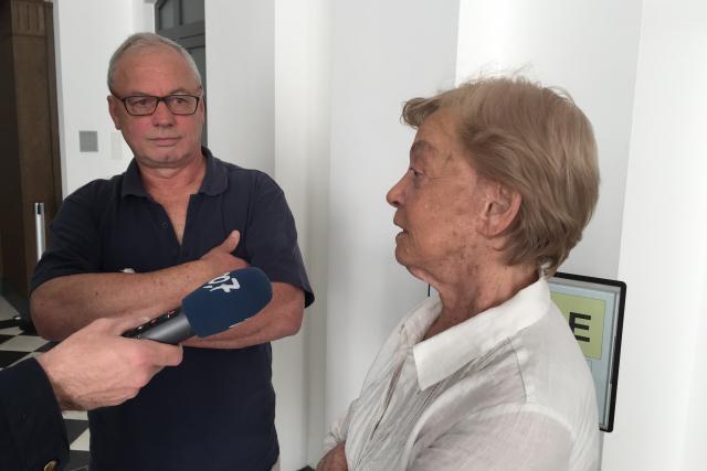 Pierre Peters et son avocate Me Marguerite Biermann comptent interjeter appel de la condamnation, quitte à devoir aller jusqu'à Strasbourg pour ce qu'ils considèrent comme la défense de la liberté d'expression d'une opinion politique. (Photo: Maison Moderne)