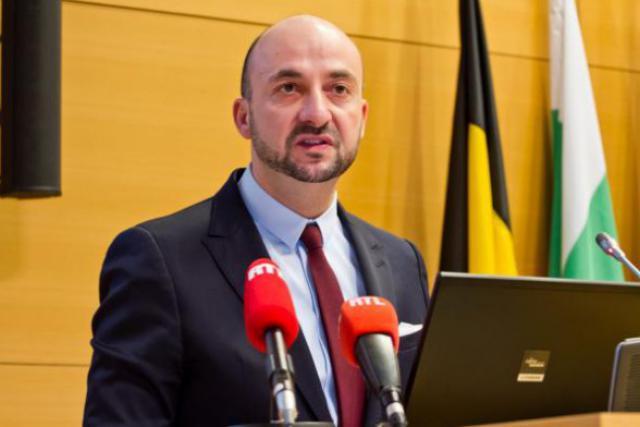 Selon le ministre, il faut aller au-delà des sujets qui intéressent les seuls Luxembourgeois de souche.  (Photo : archives paperJam)
