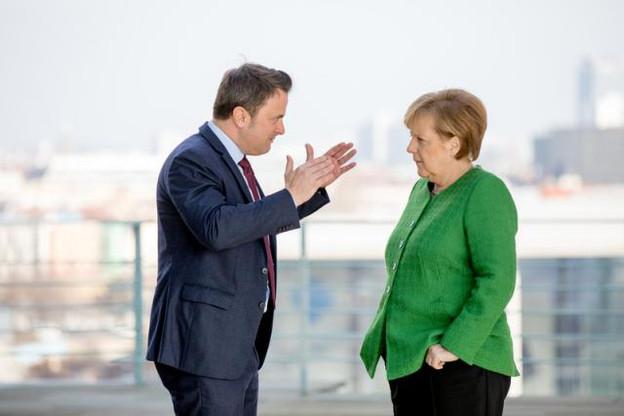 Xavier Bettel était reçu chez Angela Merkel ce lundi. Le Premier ministre luxembourgeois fait campagne pour le level playing field. (Photo : SIP / Viviane Wild)