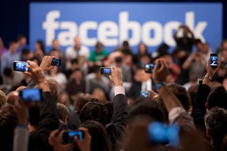 Les utilisateurs du réseau social ont été échaudés par le scandale Cambridge Analytica. Le géant n'est pas tombé, mais son image est écornée. (Photo: Licence C.C.)