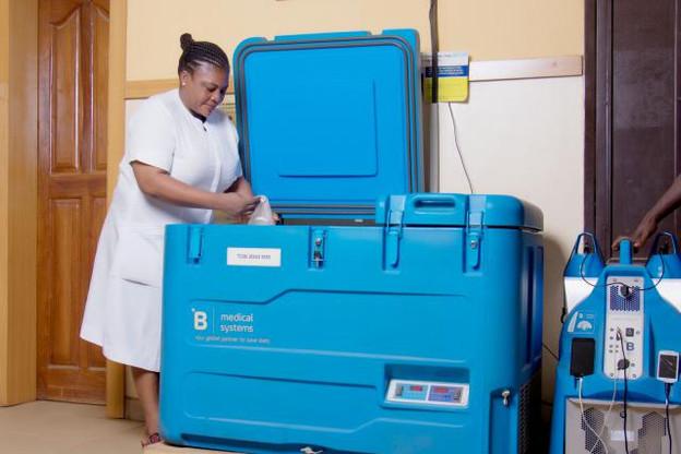 À ce jour, B Medical Systems propose une gamme de 26 unités de chaîne du froid pour vaccins, distribuée dans plus de 100 pays à travers le monde. (Photo: B Medical Systems)