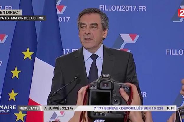 Plus que dans son camp, François Fillon devra désormais rassembler et gérer une campagne qui s'annonce longue pour remporter la présidentielle. (Photo: capture d'écran France 2)