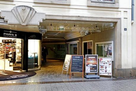 Le mètre carré commercial dans la Grand-Rue est annoncé à 1.620 euros par an. (Photo: Olivier Minaire / archives)