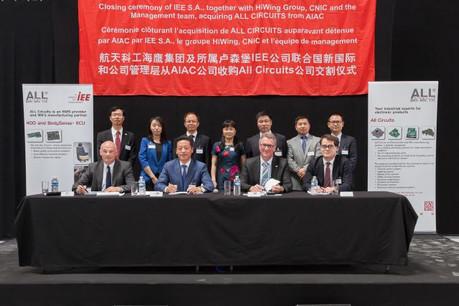 Bruno Racault, CEO d'All Circuits, Guangrong Han, président d'IEE, Michel Witte, son CEO, Marc-Renard Payen et d'AIAC, ex détenteur d'All Circuits, se réjouissent du mariage. (Photo: IEE)