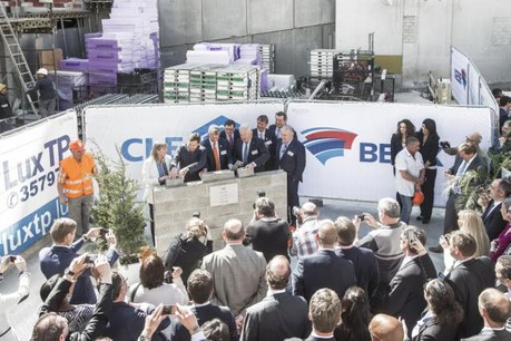 Immobel est partie prenante dans le projet Kons, en face de la gare de Luxembourg, où la banque ING construit son futur siège social dont la première pierre a été posée en avril dernier. (Photo: Luc Deflorenne / archives)
