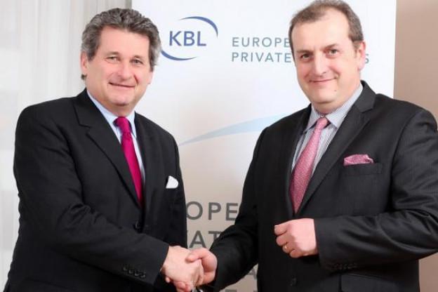 Jacques Peters passe la main à Yves Stein à la direction du groupe bancaire. (Photo: archives KBL)