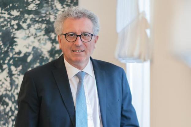 Outre l'absence de soutien français, la candidature de Pierre Gramegna se heurte au fait que le Luxembourg occupe déjà un poste important, avec Jean-Claude Juncker à la tête de la Commission. (Photo: Sébastien Goossens/archives)