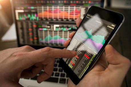 Pour l'OGBL, les conséquences de la digitalisation doivent aboutir à «de nouveaux droits» pour les salariés, notamment celui à la déconnexion ou à la formation individuelle continue. (Photo: Shutterstock)