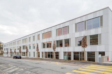 La construction de ce nouveau bâtiment est l'occasion d'un nouveau départ pour le lycée. (Photos: Éric Chenal)