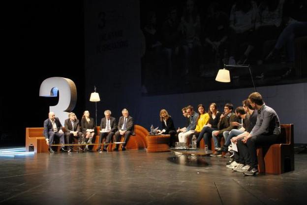Les ministres se sont montrés enthousiastes face aux idées des jeunes participants. (Photo: DR)