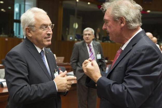 Jean Asselborn, en discussion avec le ministre grec des Affaires étrangères, n'est pas parvenu à trouver un accord sur la répartition obligatoire de 120.000 réfugiés entre les États membres. (Photo: Conseil européen)