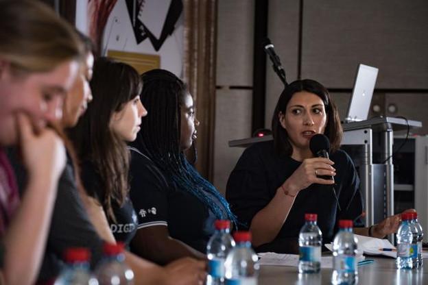 «Même si les femmes ne veulent pas faire carrière dans l'IT, il est important qu'elles aient des notions, car l'informatique est partout aujourd'hui», a expliqué Marina Andrieu, la directrice de l'asbl Wide. (Photo: Nader Ghavami)