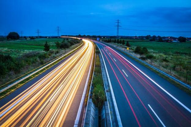 80% des frontaliers utilisent leur voiture pour se déplacer au travail. (Photo: AdobeStock / Powell83)