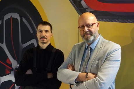 Patrick Briolotti (à droite), avec son binôme technique, Julien Bernard. (Photo: paperJam.lu)