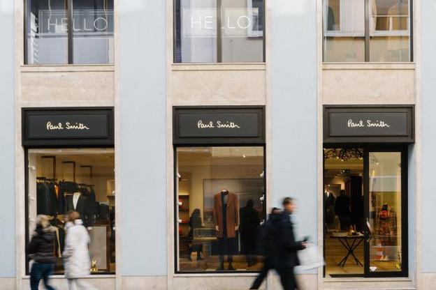 La façade de la boutique Paul Smith est une bonne symbiose entre tradition locale et spécificité de la marque. (Photo: Marion Dessard)