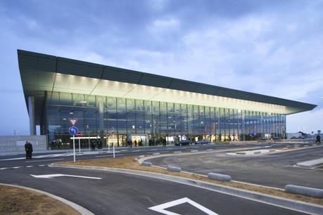 D'octobre 2013 à octobre 2014, le transport de passagers a progressé de 11,7% à l'aéroport de Luxembourg. (Photo: Étienne Delorme / archives)