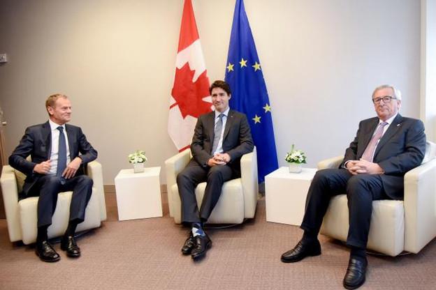 Les choses difficiles prennent du temps, a déclaré Justin Trudeau à Donald Tusk et Jean-Claude Juncker qui l'ont reçu à son arrivée à Bruxelles. (Photo: Commission Européenne)