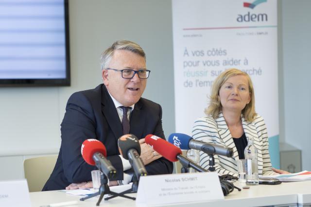 Le ministre du Travail, Nicolas Schmit, et la directrice de l'Adem, Isabelle Schlesser, comptent désormais s'attaquer à la problématique du chômage de longue durée. (Photo: Thierry Frisch)