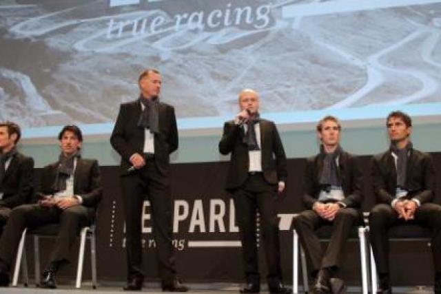 Tous les coureurs étaient présents pour la première conférence de presse. (Photo: Luc Deflorenne)