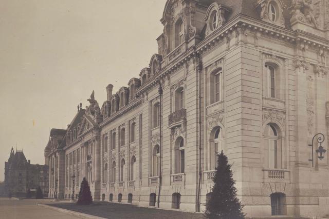 Une photo prise à la période où fut inauguré le bâtiment, en décembre 1922. (Photo: ANLux-Arbed-Aph-003-002)