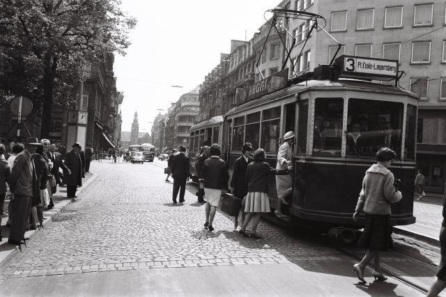 Dans le quartier de la gare, en 1960. (Photo: Theo Mey / Photothèque de la Ville de Luxembourg)