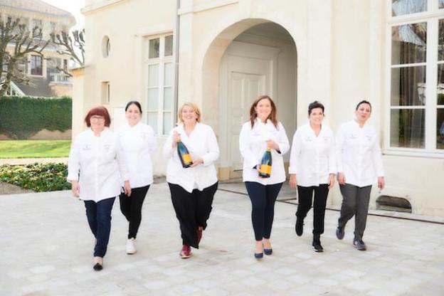 Après plus de 100 ans d'expérience dans le classement des restaurants et hôtels, Michelin présente la deuxième édition de son guide conjugué au féminin. (Photo: Guide Michelin)