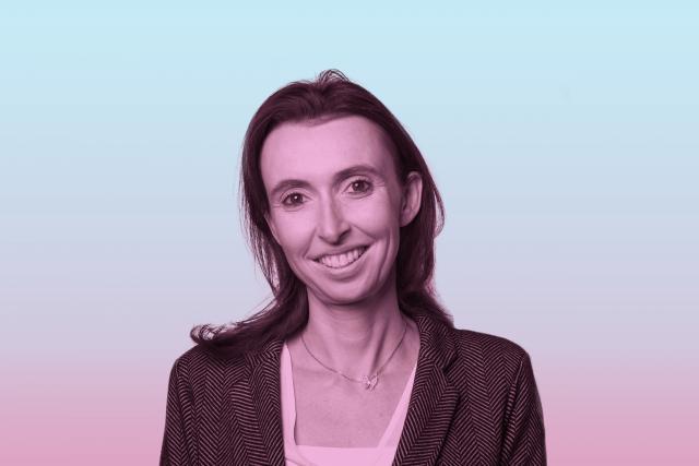 Sandrine De Vuyst: «Beaucoup de femmes sont fortes, sans qu'elles n'aient besoin de crier ni de taper fermement des poings sur la table.» (Photo: Patricia Pitsch / Maison Moderne)