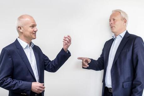 Claude Olinger, directeur des ressources humaines de Post Group et Pierre Knoden, responsable RH et membre du comité de direction d'ING Luxembourg. (Photo: Matic Zorman)