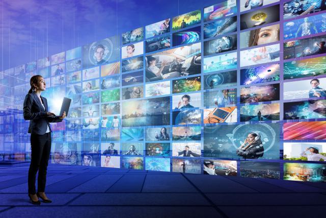 Les géants du streaming devront peut-être payer des taxes supplémentaires dans un avenir proche, en raison de leur surconsommation de bande passante. (Photo: Metamorworks)