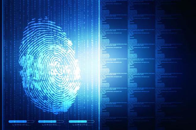 La société britannique BioTeq propose des implants digitaux entre le pouce et l'index aux entreprises et aux particuliers, permettant par exemple aux utilisateurs d'ouvrir leur porte d'entrée ou d'accéder à leur bureau. (Illustration: Shutterstock)