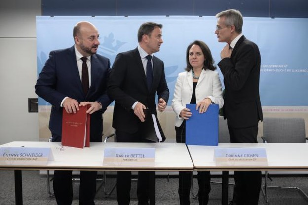 Signé, l'accord doit maintenant être approuvé par les assemblées des différents partis. (Photo: Matic Zorman)