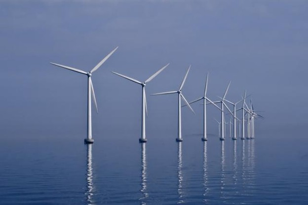 La BEI a notamment soutenu de nombreux projets dans l'éolien marin. (Photo: Wikimedia commons)