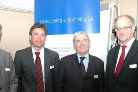 De g. à d. : Paul Peckels (P&T), Serge Raucq (Learch), Michel Koutchouk (Infotel), Jos Glod (P&T). (Photo: Learch)