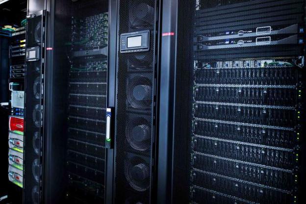 Pour ne pas se laisser devancer, l'Union européenne veut développer des supercalculateurs, indispensables au traitement des données de l'IA. (Photo: Nader Ghavami / archives)