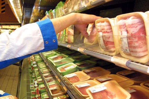 Lidl conteste l'obligation d'étiqueter le prix de la viande fraîche de volaille sur l'emballage alors que certains magasins affichent les prix sur les rayonnages. Une obligation qui ne concerne pas les autres viandes. (Photo : Licence CC)