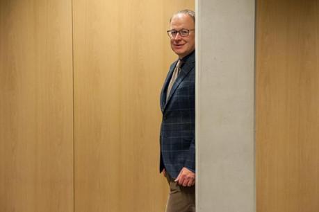 Johan Bierebeeck est à la tête d'un service Finance et Performance, se composant de 26 collaborateurs répartis dans quatre cellules. (Photo: Annabelle Denham)