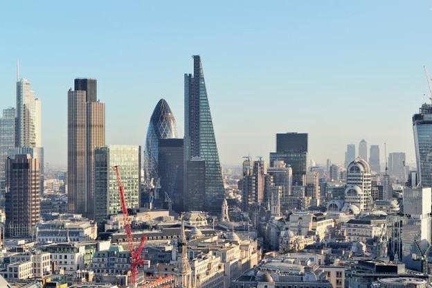 Alors que le gouvernement britannique menace d'abaisser son taux d'imposition sur les sociétés à 10%, le lobby bancaire brandit celle des délocalisations. (Photo: Licence C.C.)