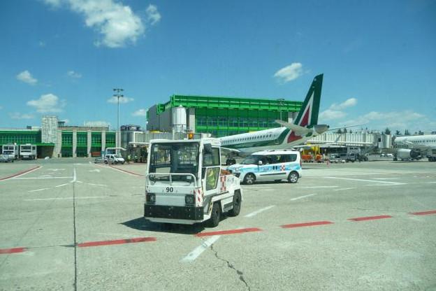 L'aéroport de Milan-Linate est situé à une quinzaine de minutes à peine du centre de la capitale lombarde. (Photo: DR)