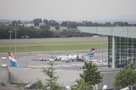 Les avions Luxair vieillissent. La convention collective devrait elle aussi avoir du plomb dans l'aile. ( Photo : Julien Becker / archives )