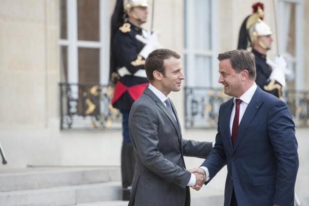 Du G20 à l'Élysée, Emmanuel Macron et Xavier Bettel affichent leurs accointances. Mais les intérêts nationaux priment cette relation privilégiée. (Photo: Anthony Dehez / archives)