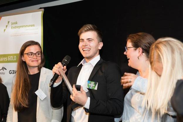 Le jeune patron de Luxetoys, Damir Babacic, a le sourire. Sa société représentera le Luxembourg au JA European Company of the Year Competition à Belgrade du 16 au 19 juillet. (Photo: Luxetoys)