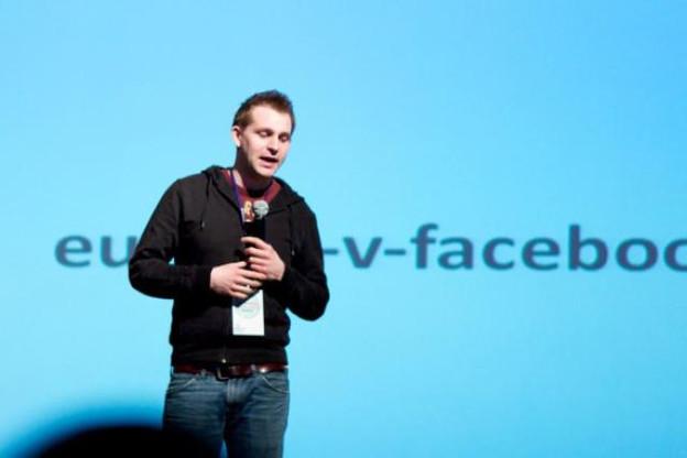 Max Schrems et son ONG europe-v-facebook.org mettent en cause la CNDP.  (Photo: Peet Sneekes)
