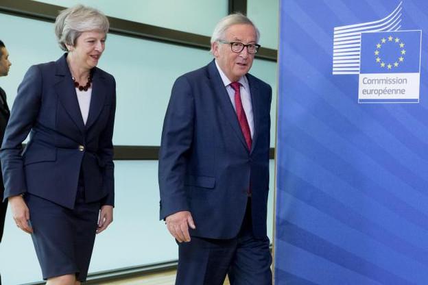 Theresa May revient cette semaine à Bruxelles pour rencontrer Jean-Claude Juncker.  (Photo: Commission européenne / archives)