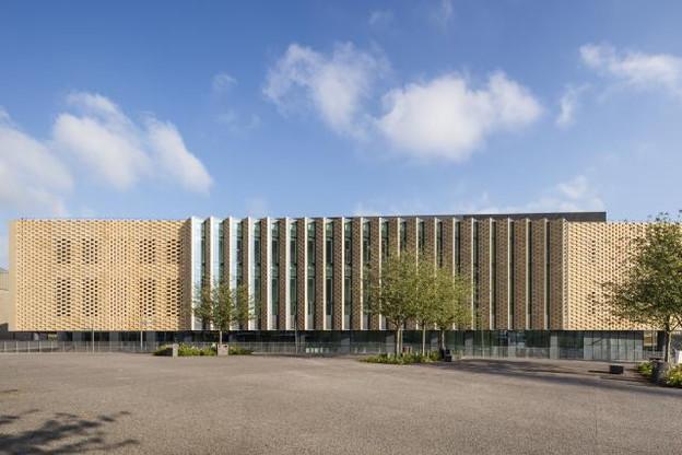 Metz Congrès Robert Schuman se situe à l'arrière de la gare de Metz, en face du nouveau quartier de l'Amphithéâtre. (Photo : Luc Boegly)