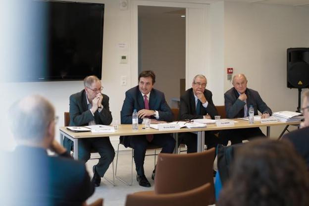 De gauche à droite: Roger Cayzelle (président de l'Institut de la Grande Région), Nicolas Buck (président de la Fedil), Paul Arker (président du Medef Moselle) et Patrice Haltebourg (président de la Fédération régionale de travaux publics (FRTP)), réunis au Medef à Metz. (Photo: Romain Gamba)