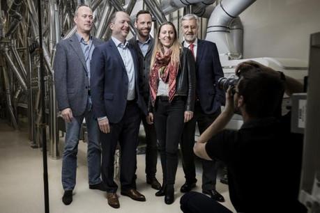 Famille Muller (de gauche à droite: Manou Emringer, Patrick, Jean, Carole et Edmond Muller): des moulins d'antan à l'industrie de pointe. (Photo: Maison Moderne)