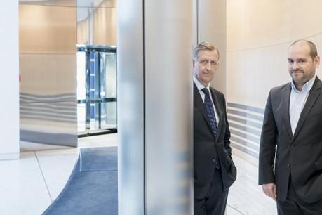 Carlo Thill (BGL BNP Paribas) et Raoul Mulheims (Digicash), deux générations, deux modèles d'affaires, mais une même envie pour la Place. (Photo: Eric Chenal)