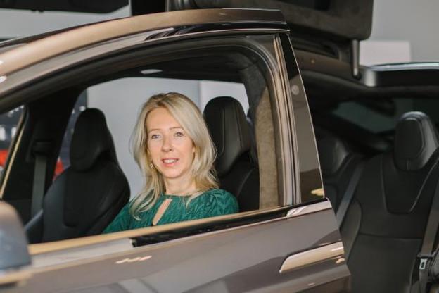 Un peu moins d'un an après son installation au Luxembourg, Tesla a écoulé quelque 300 véhicules, selon An De Pauw, country manager Benelux. (Photo: Marion Dessard)