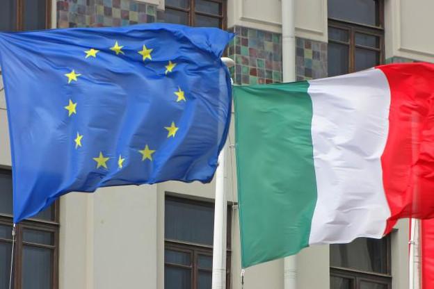 Pour la première fois dans l'histoire de l'Union européenne, l'Italie s'expose donc à des sanctions financières de la part de Bruxelles, qui avait refusé une première fois, le 23 octobre dernier, ce projet de budget italien. (Photo: Shutterstock)