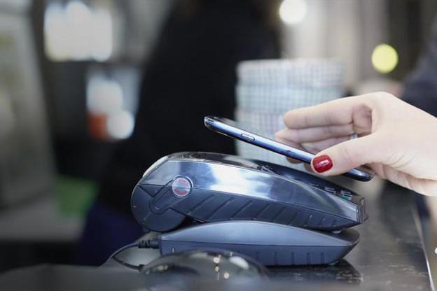 Au Luxembourg, les habitants restent méfiants vis-à-vis du paiement mobile. La confiance, quand elle passe, tient à l'app de sa banque seulement. (Photo: Kix / Licence CC)